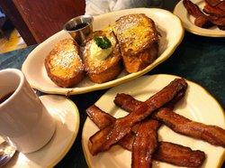Eggheads Restaurant