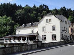 Cafe Du Pont