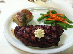 Harris' Steakhouse