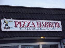 Pizza Harbor