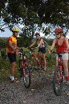 Bike Arenal-Day Tours