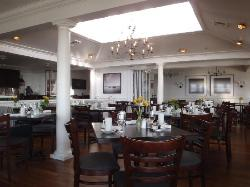 Water Street Restaurant at The Harbor View Hotel