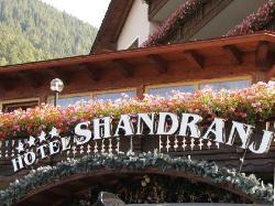 Family & Wellness Hotel Shandranj