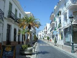 Nerja (35541653)