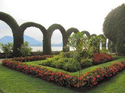 Villa Pallavicino Park (Parco della Villa Pallavicino)