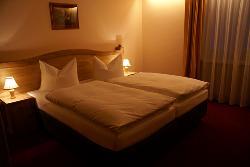 Hotel Gundl Alm