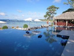 Stunning pool
