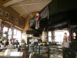 Acropolis Cafe Restaurante