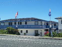 Snells Beach Motel