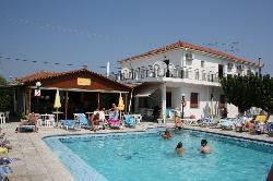 Tassia Studios Apartments and Pool Bar