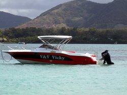 V & V Vicky Boat Tours