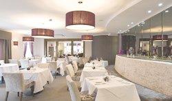 315 Bar & Restaurant