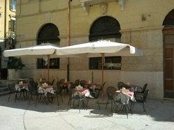 Tosca Cafe Bistrot