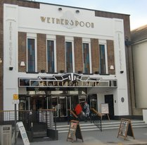 ‪The Peter Cushing - J D Wetherspoon‬