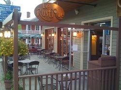 Le Rustique Restaurant Terrasse