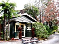 Creel Lodge Motel