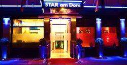 Star am Dom