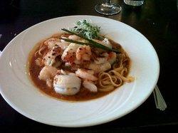 Bennett's Seafood Bar & Grill