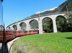 Bernina Express going around the circle track.