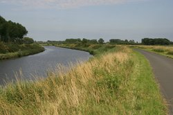 Lieve Canal Bicycle Trail
