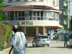 Kendas Arcade Hotel