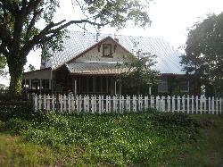 Lyn-Mar Pond Guest Ranch