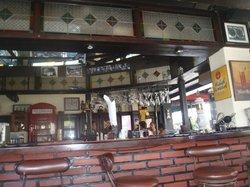 Posers Pub & Restaurant