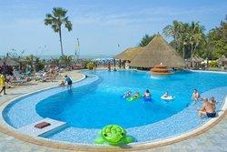 塞內岡比亞海灘酒店