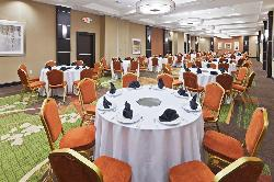 2700 square feet of meeting space