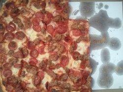 Petrillo's Pizza