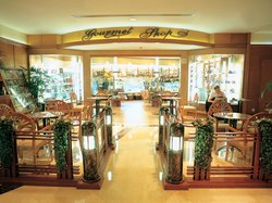Gourmet Shop at Shanghai Marriott Hotel Hongqiao