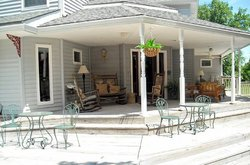 Canaan Oaks Bed & Breakfast