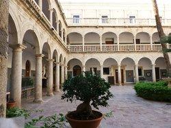Escuela de Arte de Almeria