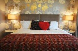 Fields Lodge Bed & Breakfast