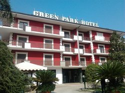Green Park Hotel Titino