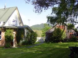 Awapiriti Lodge
