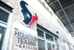 ‪Houston texans grille‬