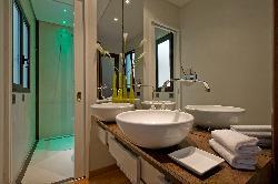 Flavia Apartment - Bathroom