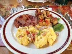 Scrambled eggs and ham