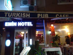 Enjoy Cafe Emin Hotel