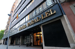 Hotel Paral - lel