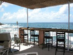 Kikita Beach Guest House Bar y Grill