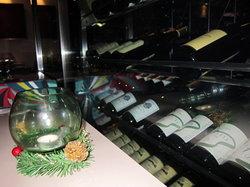Verre Modern Bistro & Wine Bar