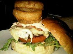 Wolfes Gourmet Burger
