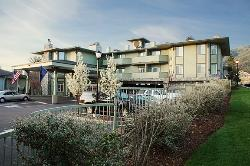 Plaza Inn & Suites at Ashland Creek