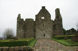 ‪Tully Castle‬