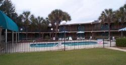 Motel 6 Lake Park