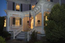 Cross House Garden Inn