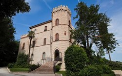 Castello Montegiove Country House