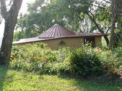 gepflegter bungalow